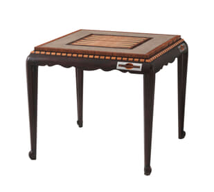 Convivial Game Table